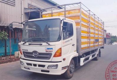 xe tải chở gia cầm