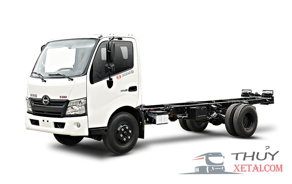 Xe tải Hino 4.5 tấn chở gia cầm