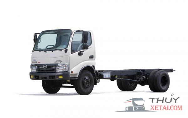 Xe tải Hino chở gia cầm 4,5 tấn thùng inox