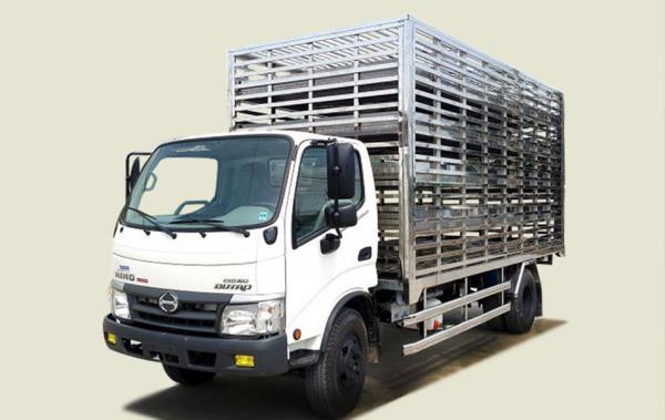 Xe tải Hino 3 tấn chở gia cầm - XZU720L