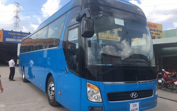 Hyundai Uniliever 45 chỗ nhập khẩu